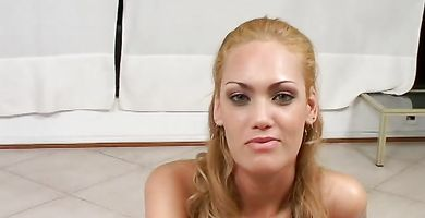 Voracious blonde Vicky Reyes with perfect body receives a phallus in her bum
